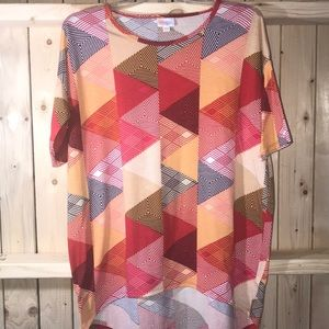 LuLaRoe triangle design blouse XXS